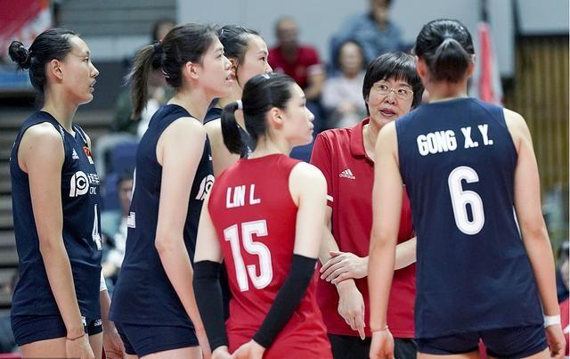 中国女排八连胜难掩一人失意,5扣1中效率低,东京奥运恐去不成
