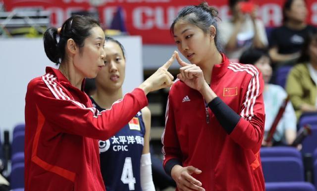 8连胜!中国女排替补阵容大发神威,三局狂胜对手37分送对手8连败