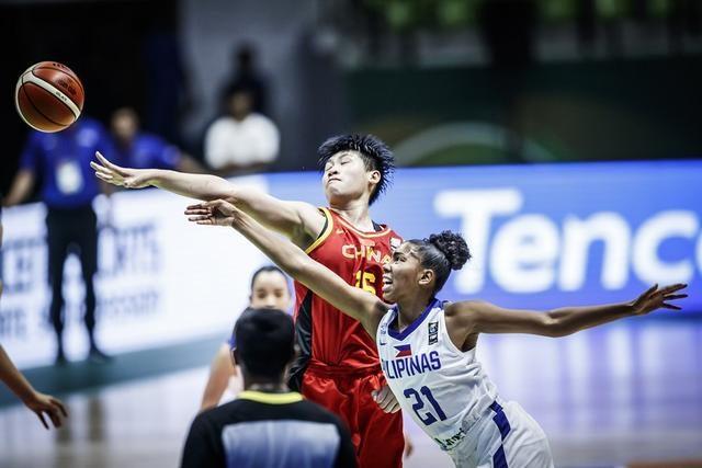 女篮亚洲杯:中国轻取菲律宾 今战澳大利亚欲争夺B组第一名