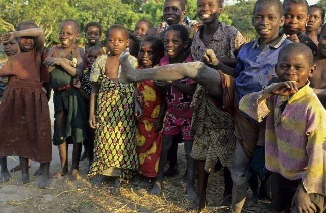 非洲人宁愿挨饿,也不愿吃这玩意儿,中国游客:真挑!