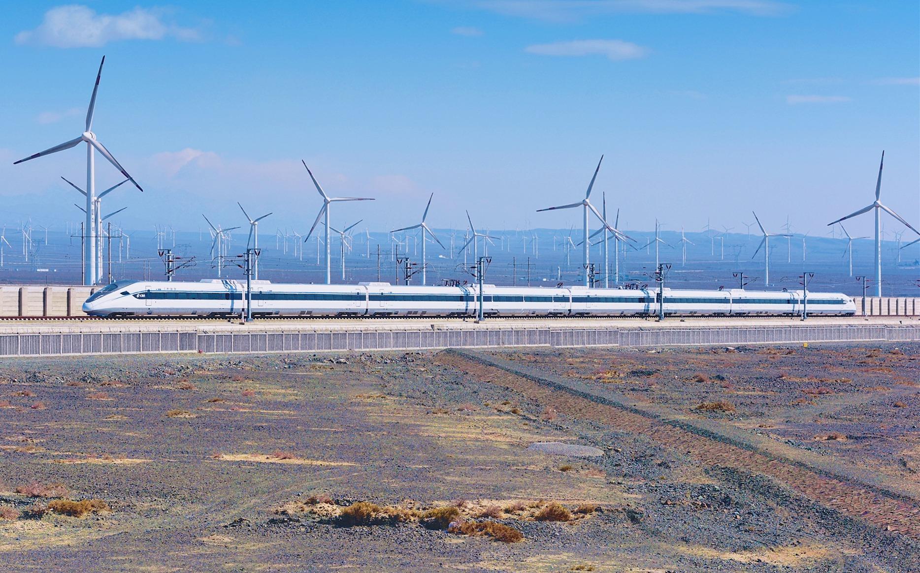 中国高铁位居世界第一,却仍有两个省区没有开通高铁