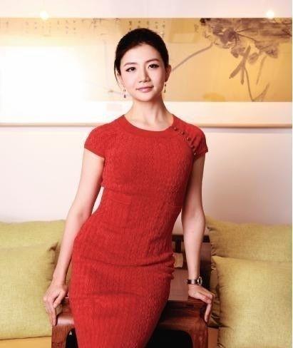 马云请了她3次,才肯跟随马云,之后9年身家暴涨百亿,今39岁仍单身