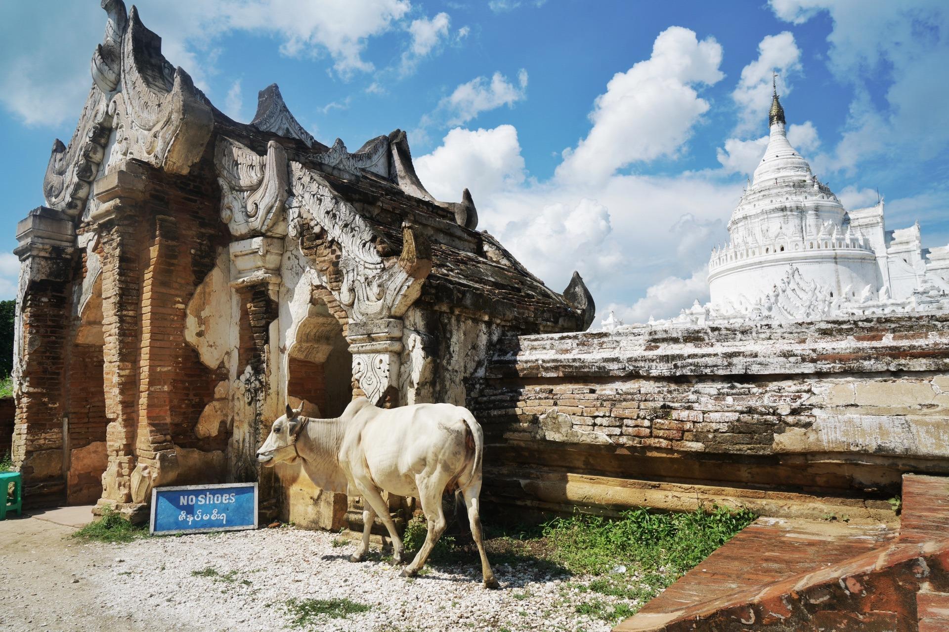 象征世界七座大山及海洋的寺廟,占星術稱其位于世界的中心點