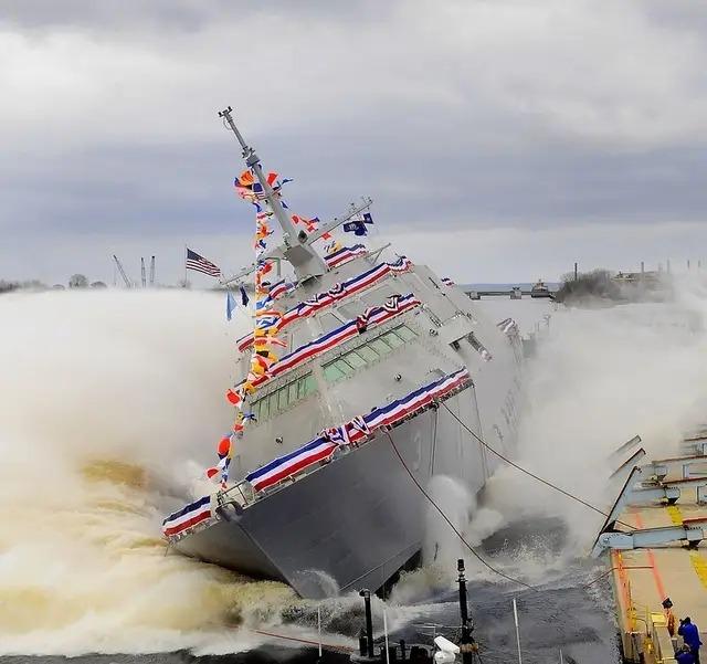美國海軍激動的一宿沒睡!15億美元一艘的戰力終于接近056