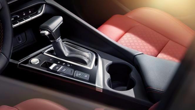 长安PLUS家族将添首个轿车车型,颜值、科技、品质全方位碾压合资选手!
