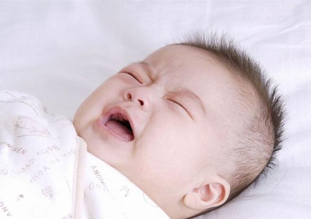 """0-3個月""""睡渣寶寶""""改造計劃︰從自身到環境,要為寶寶做四件事"""