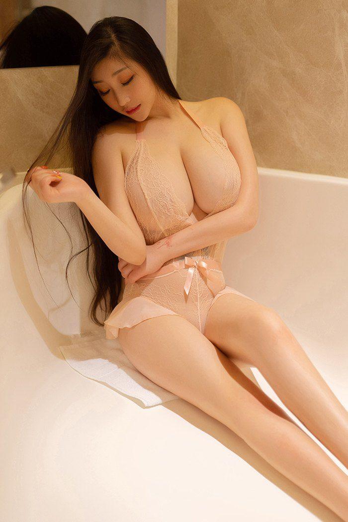 我和女网友在酒店一夜疯狂 从此迷上了她的身体