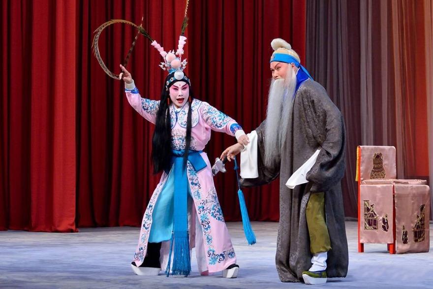 雄才伟略的光武帝刘秀,为何会被戏说成纵容宠妃,冤杀功臣的皇帝