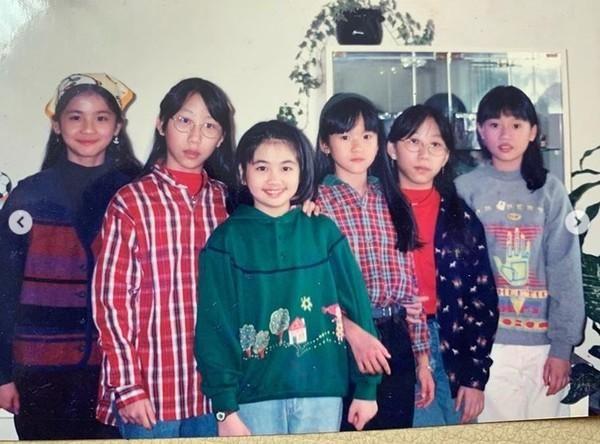 阿Sa小學5年級舊照出土! 網友一眼認出︰從小美到大