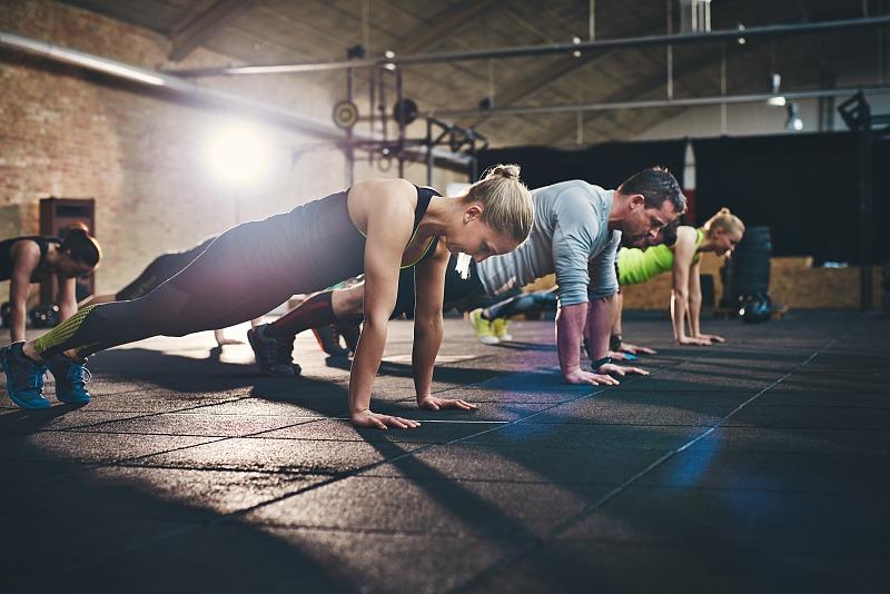 室內外健身有什麼區別?哪種適合減肥,愛美女人不能錯過