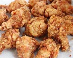 家常雞翅菜譜,簡易版脆皮蜂蜜炸雞翅根,簡單美味營養,吃不夠