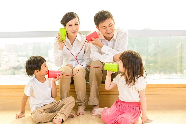 想要养出一个自信的孩子?高情商父母一定要谨记4点,很主要