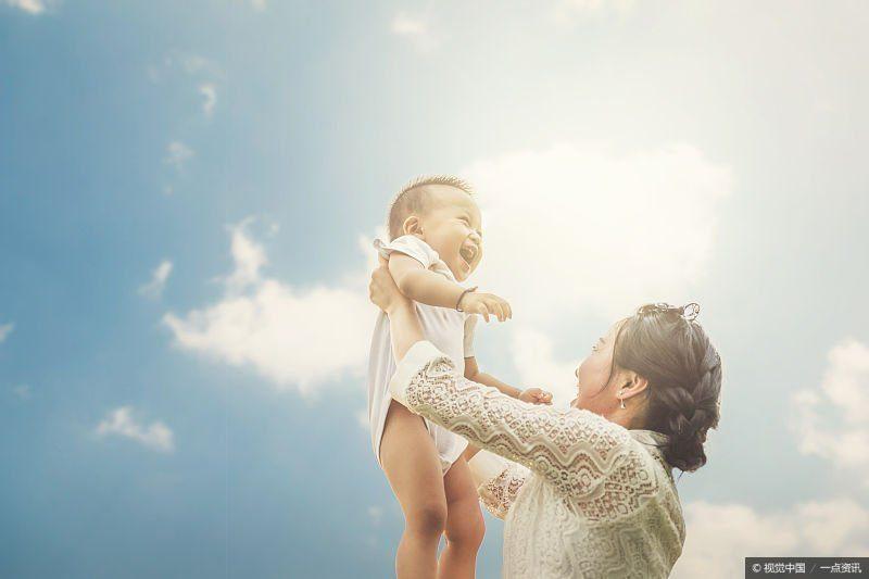 不想让孩子脾气暴躁,父母不要有下面4种行为,现在看还不晚