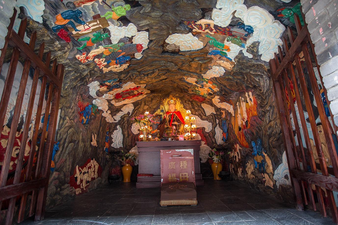 爆紅網絡的西安千年銀杏,之所以長得如此壯觀,只因一口神秘古泉