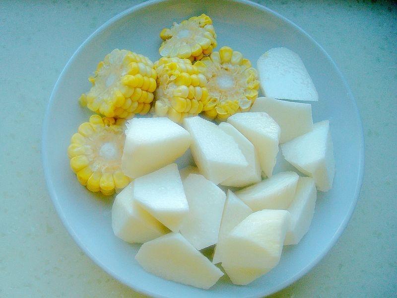 天气转凉,炖一锅安神汤,软软糯糯,又鲜又好喝,多吃身体棒
