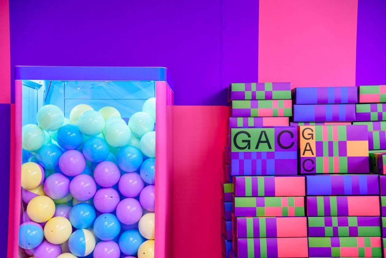 巨型创意盲盒活动狂欢开始 3000 份礼物惊现校园-图9