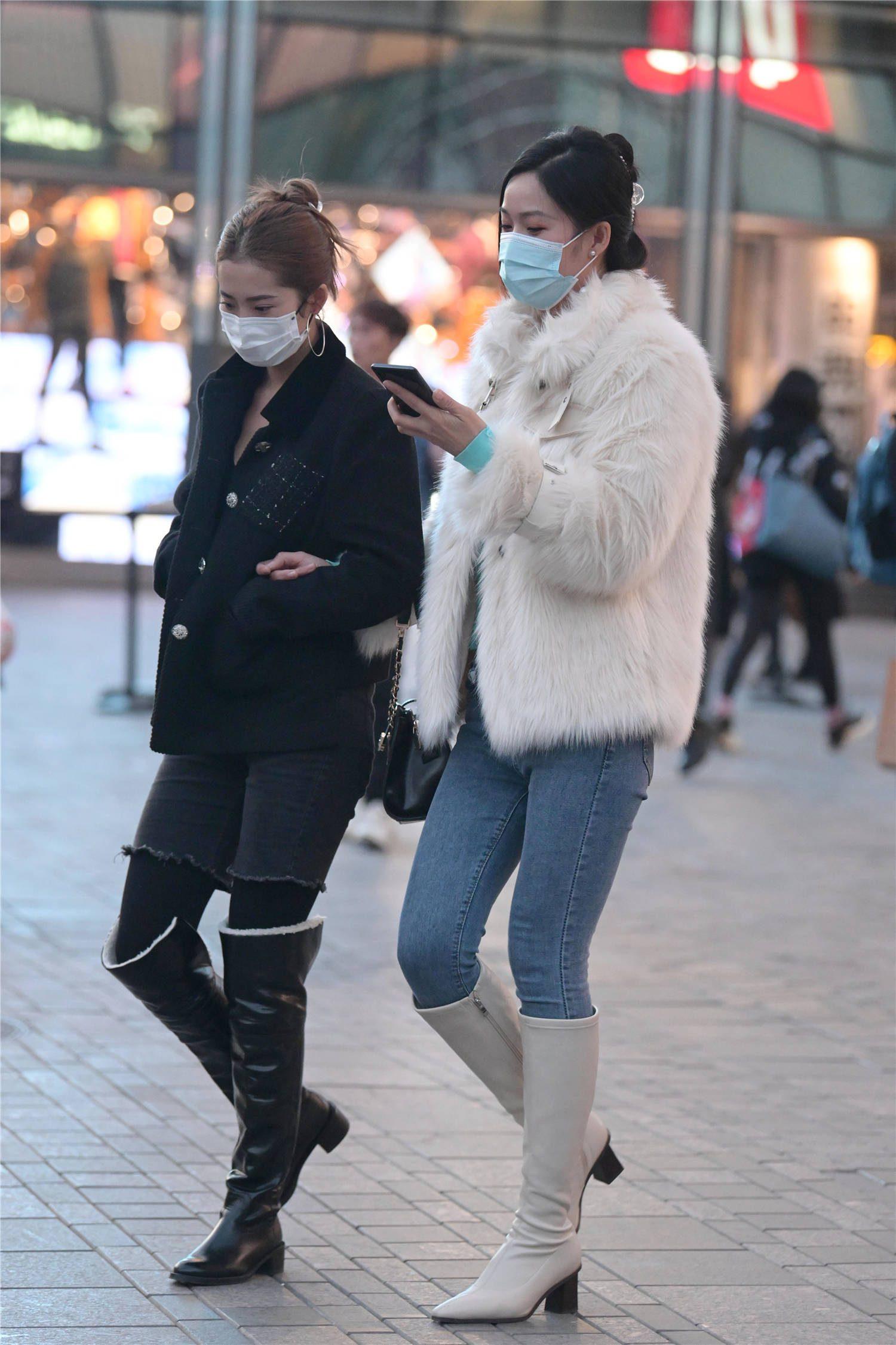 冬季选择一款皮草大衣,衬托贵气,保暖效果好还时尚美