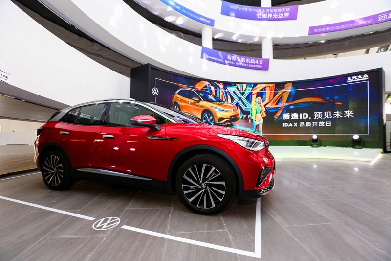 """华南媒体团走进上汽大众新能源汽车MEB工厂 揭示ID.4 X""""智造之道"""""""