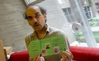 他因無意丟失護照,被迫在機場停留17年,最後卻得一機遇成為富翁