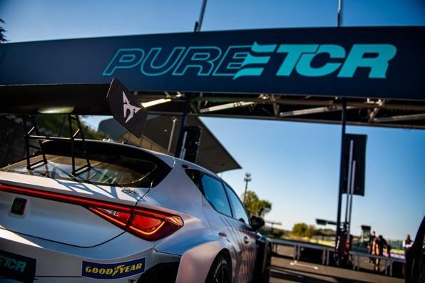 固特异独家赞助PURE ETCR纯电动房车锦标赛