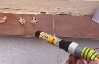 用糖果盒做一支電動小水槍
