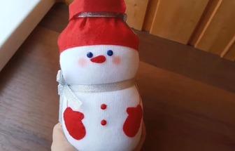 玻璃瓶废袜子DIY漂亮的雪人娃娃