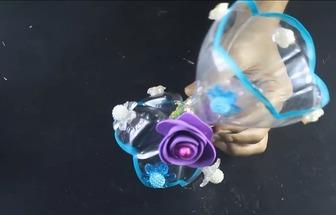 可樂瓶改造漂亮的裝飾花瓶