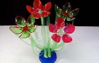 廢舊塑料瓶DIY美麗盆栽花擺設