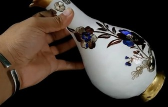 廢舊塑料瓶制作彩繪效果美麗花器