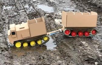 廢塑料板手工DIY履帶式玩具車