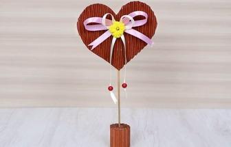 廢紙板DIY情人節愛心擺件禮物