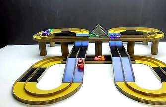 用硬紙板制作玩具賽車魔術跑道