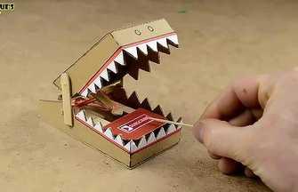 如何用紙板自制簡易捕鼠器