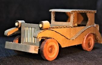 如何用紙板制作電動老爺車模型