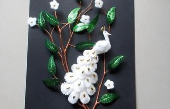 教你用枯樹枝和棉絮DIY一幅孔雀圖