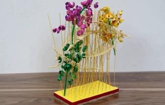 用鐵絲和泡沫紙DIY一個漂亮的桌面花藝裝飾