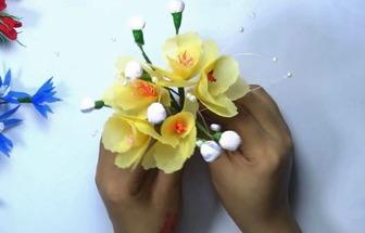 用衛生紙和購物布袋DIY一束花