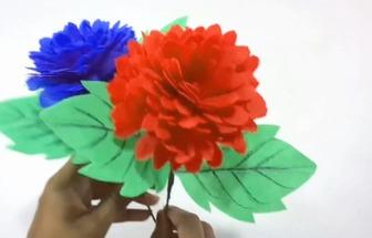 如何使用舊環保袋DIY簡單且漂亮的花朵