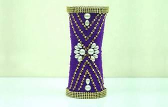 一次性杯子變身一個簡單的創意花瓶