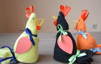 如何用毛巾折疊有趣的卡通雞玩偶