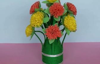 利用環保袋做漂亮的花藝裝飾