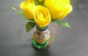 用舊報紙DIY一個漂亮的紙藝花瓶