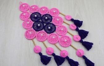 教你用羊毛线和手镯圈DIY漂亮的门挂装饰