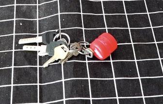 廢瓶蓋DIY鑰匙圈小吊飾盒子