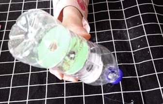 礦泉水瓶DIY寶寶益智小玩具