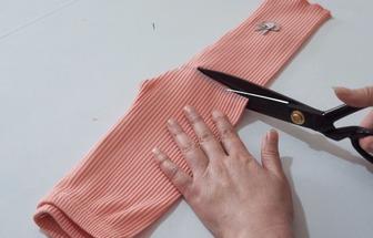 舊衣服改造:打底褲DIY嬰兒短褲及袖套