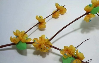 教你用購物布袋DIY漂亮的紙棍花藝