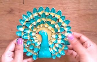 利用開心果殼做一個DIY孔雀開屏裝飾