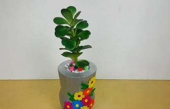 利用塑料瓶制作花盆的方法