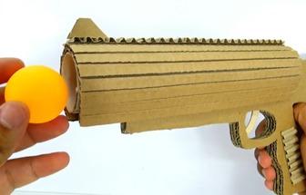 如何利用紙板DIY乒乓球發射器